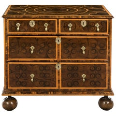 William & Mary Olivewood Oyster Veneered Chest of Drawers of Elegant Proportions