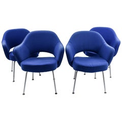 Four Midcentury Saarinen Executive Armchairs