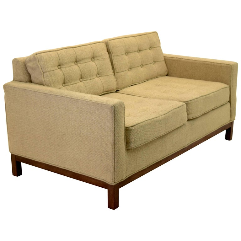 Tufted Low Profile Settee in the Style of Florence Knoll