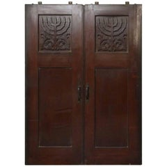 1920s Double Quarter Sawn Oak Doors from a Jewish Synagogue and Original Hardwar