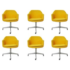 Set of 6 steelcase Executive Armchairs with Casters