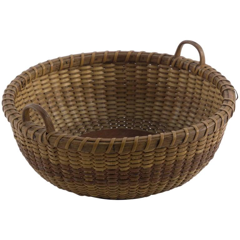 Shallow Round Nantucket Lightship Sewing Basket with Original Label