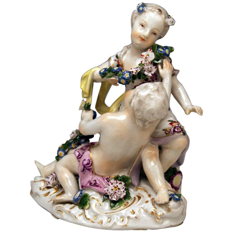 Meissen Rococo Cupids Pair Flora and Zephyr Model 2576 by Kaendler, circa 1760 For Sale