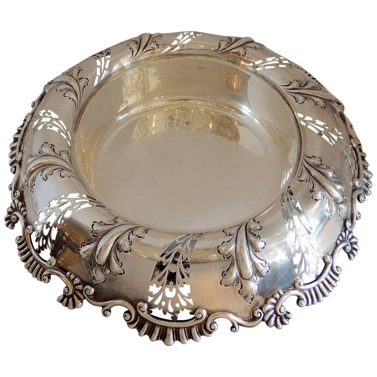 Wonderful Theodore B. Star Sterling Silver Pierced Footed Centrepiece Bowl For Sale