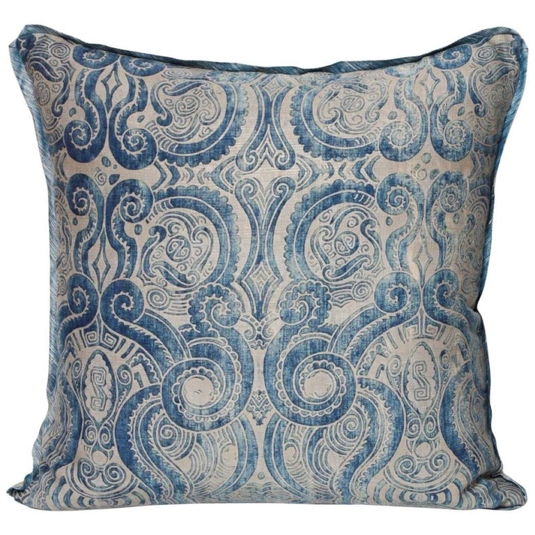 Fortuny Fabric Cushion in the Peruviano Pattern