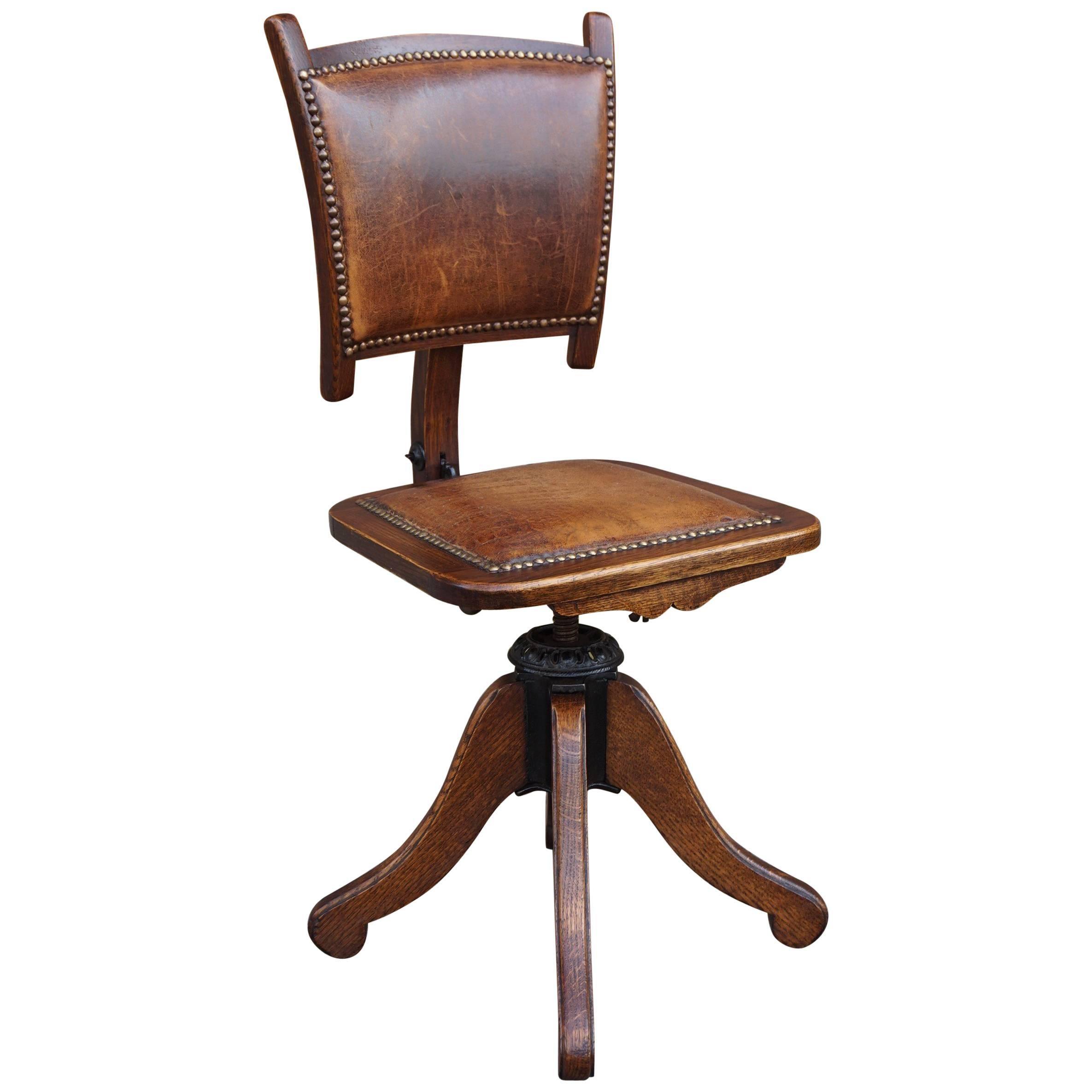 Rare American Arts U0026 Crafts Desk Or Drafting Chair By The Davis Chair  Company For Sale