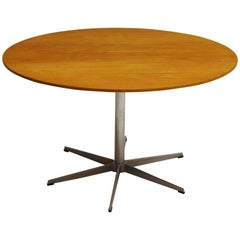 A825 Circular Oak Six Star Table by Arne Jacobsen for Fritz Hansen