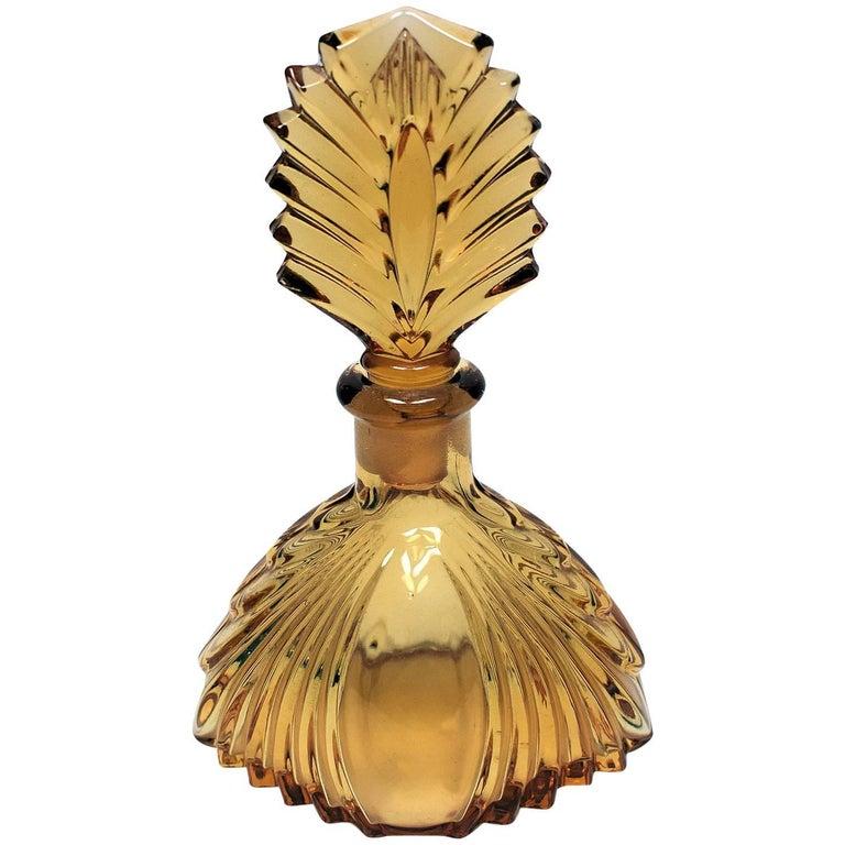 1930s Art Deco Fan Shaped Perfume Bottle For Sale