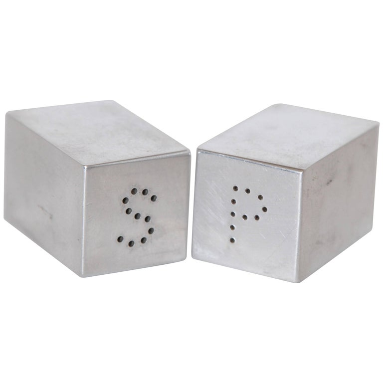 Machine Age Art Deco Iconic Charles Sheeler Salt and Pepper Shaker Design, Pair For Sale