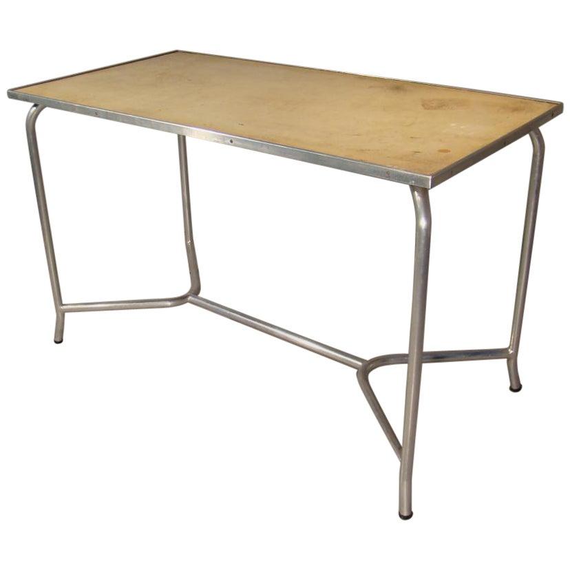 Modernist Table in Aluminium, circa 1930-1950