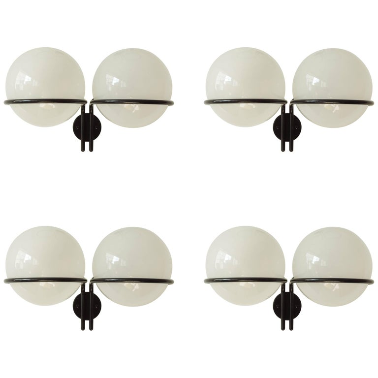 Gino Sarfatti Set of Four Mod. 239/2 Wall Sconces for Arteluce