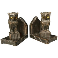 Decorative and Good Size Early 20th Century Arts & Crafts Carved Owl Bookends