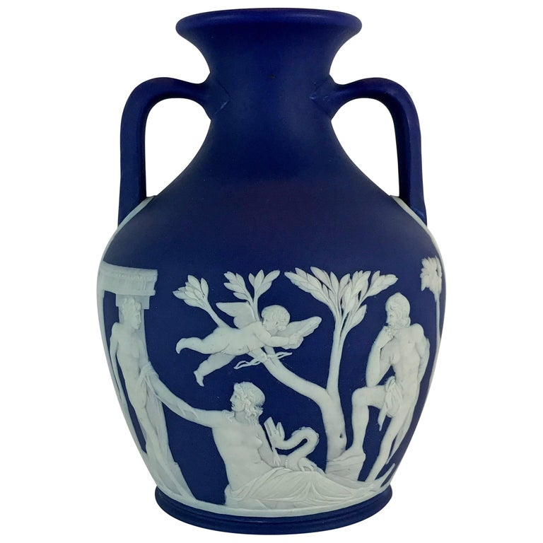 Late 19th Century Portland Vase Reproduction By Wedgwood England