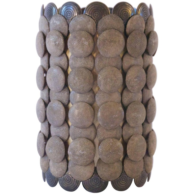 Shagreen art deco vase y and r augousti at 1stdibs for Ardeco pellet