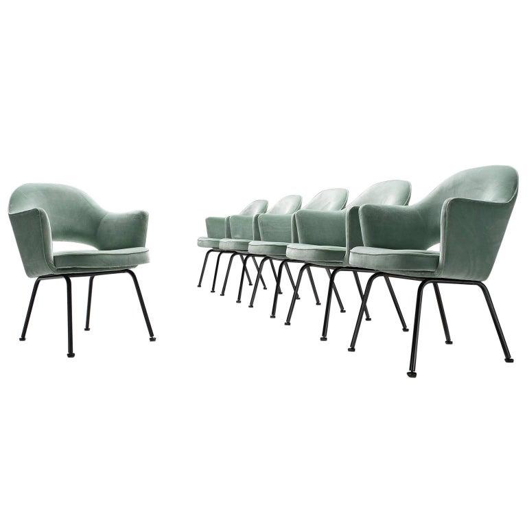 Eero Saarinen Set of Six Reupholstered Armchairs in Velvet and Metal For Sale