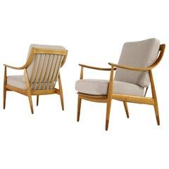 Pair of Danish Modern 1960s Oak Easy Chairs by Peter Hvidt Mod, FD 146 Teak
