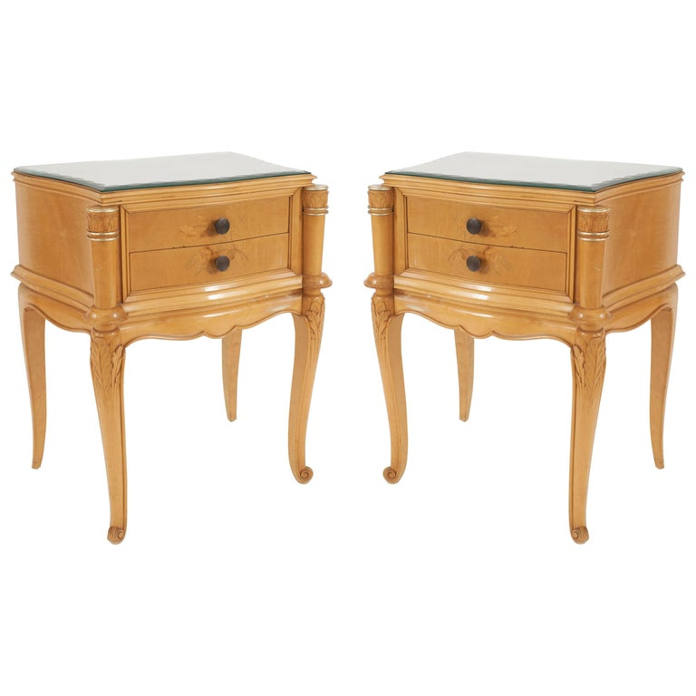 Pair of French 1950s Maple Bedside / End Tables For Sale