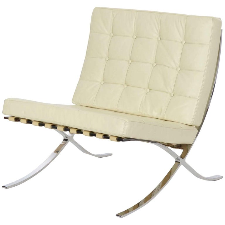 Italian Modern White Leather Barcelona Lounge Chair after Mies van der Rohe