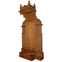 Fine Art Gothic Revival Miniature Boxwood Chapel Stand for Holy Sculpture