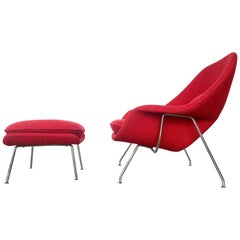 Early Eero Saarinen Womb Chair and Ottoman Produced by Knoll