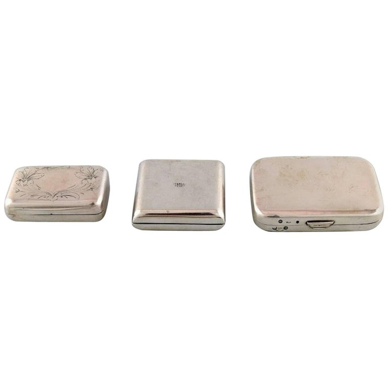 Three Pill Boxes in Silver, Gold-Plated, One Lined, Early 20th Century