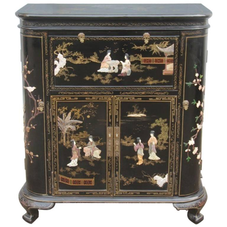 Superbe Chinese Cabinet Bar With Precious Stones And Precious Materials, 1950s For  Sale