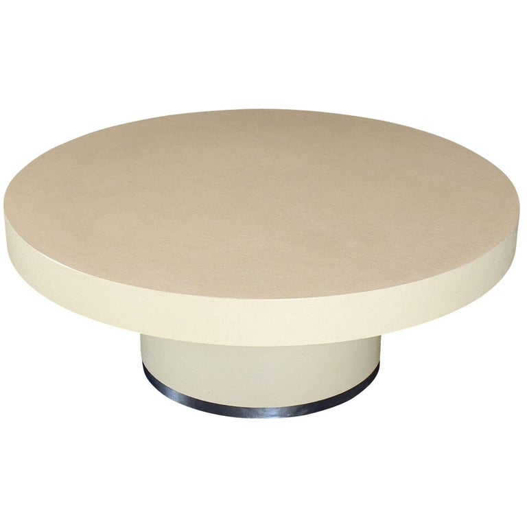 Round Lacquered Beige to White Cloth Raffia Coffee Table