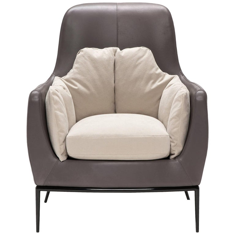 Tulip Armchair in Gray and Ivory by Luca Scacchetti