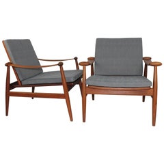 "Finn Juhl Pair of ""Spade"" Lounge Chairs for France & Daverkosen, Denmark, 1954"