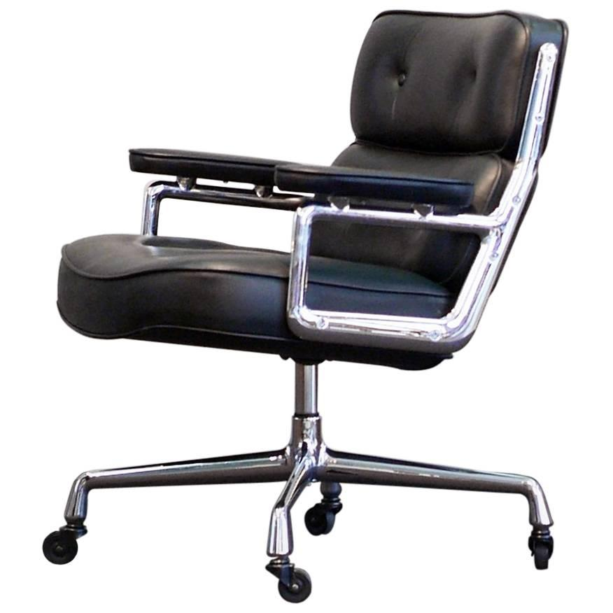 Vitra Lobby Chair Eames Black Leather Swivel Base