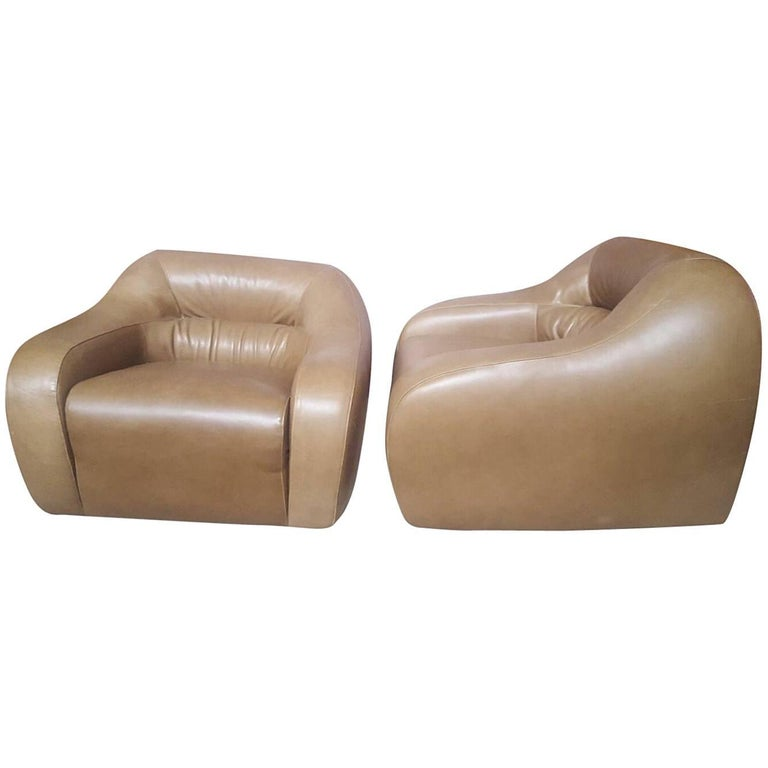 Pair of Armchairs, Light Brown Leather, circa 1970, Italy