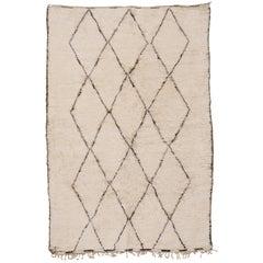 Mid-Century Modern Ivory Beni Ouarain Moroccan Berber Wool Rug