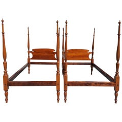 Pair of American Sheraton Mahogany Four-Poster Reeded Twin Beds, Circa 1820
