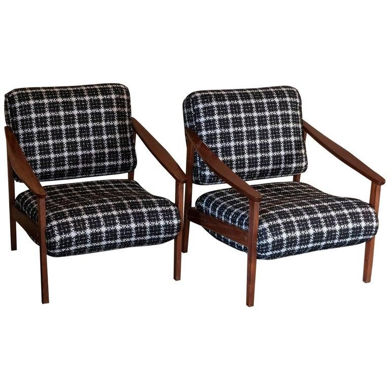 Mid-Century Modern Pair of Armchairs, Italian, 1960s