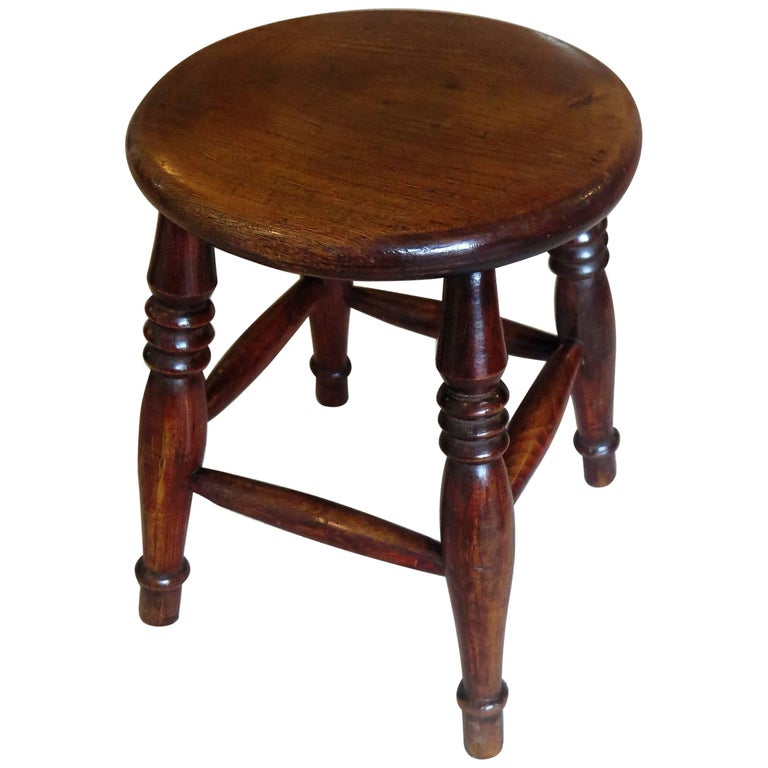 Mid-19th Century Elm Stool or Stand North East Yorkshire English Maker For Sale