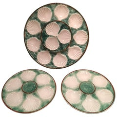 Set of Majolica Long Champ Eight Oyster Plates and a Platter, 19th Century