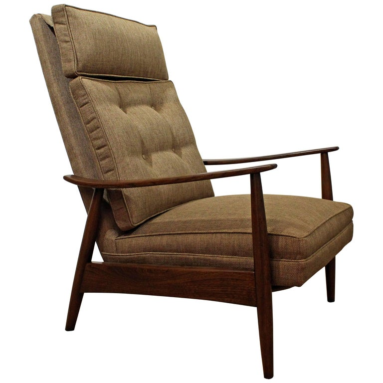 Mid-Century Modern Milo Baughman Walnut Recliner Lounge Chair