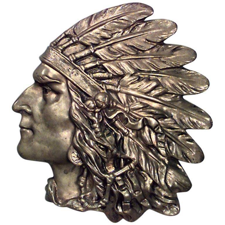 Bronze Wall Plaque of Indian Head in Profile 'First Quarter of the 20th Century' For Sale