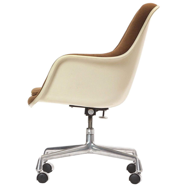 High Back Shell Chair