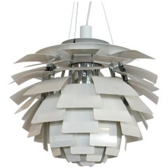 White Artichoke Lamp by Poul Henningsen for Louis Poulsen, Medium Size. Like New