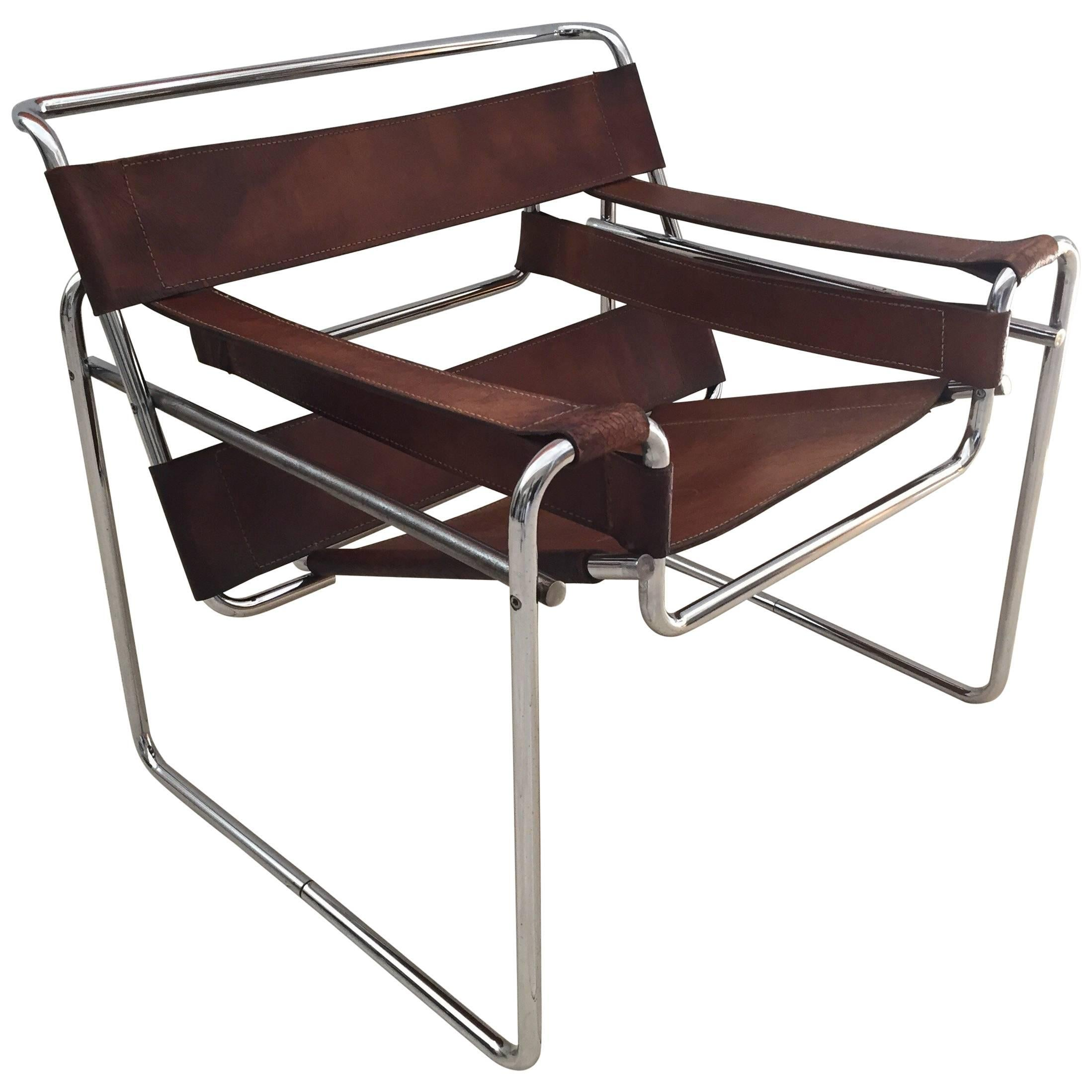 Vintage Early Original Marcel Breuer Wassily Chair For Knoll In Brown  Leather For Sale