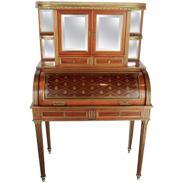 "French 19th Century Mahogany Veneer and Brass inlaid ""Bureau a Cylindre"" For Sale"