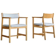 Borge Mogensen Pair of Model 3242 Oak Side or Armchairs for Fredricia