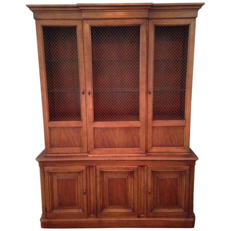 Drexel Heritage Maple China Hutch For