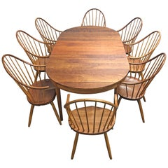 Thomas Moser Cherry Ring Dining Table and Eight Continuous Arm Dinning Chairs