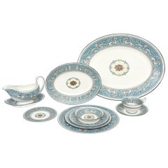 Wedgwood Turquoise China Dinner Service for 12, 92 Pieces Total, Florentine