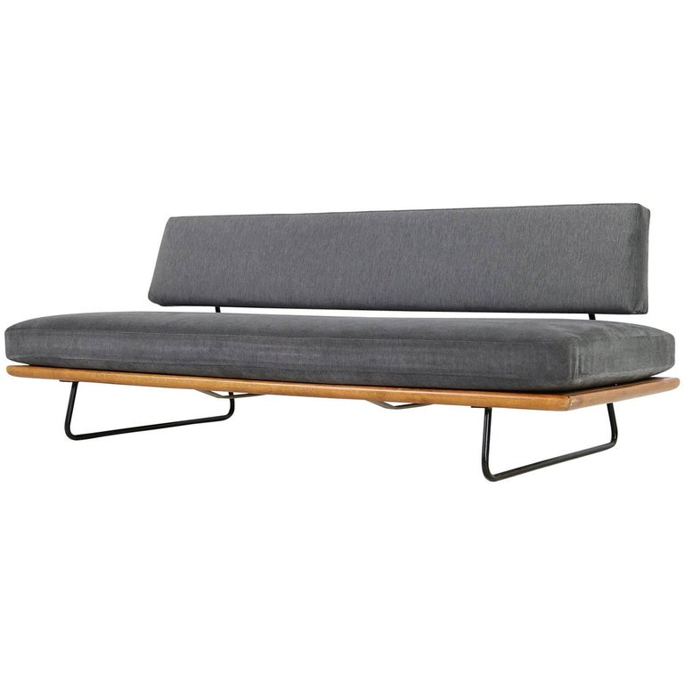 1950s Minimalist Daybed Rolf Grunow for Knoll, Beechwood & Metal, New Upholstery