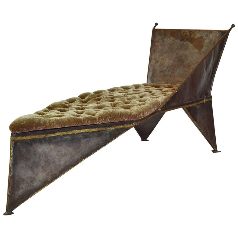 Studio Chaise Lounge Brutal Design in Welded Metal and Upholstery