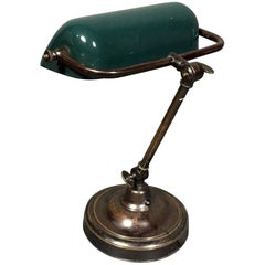 Vintage Banker's Desk Lamp, Enameled Metal and Brass, 1940s
