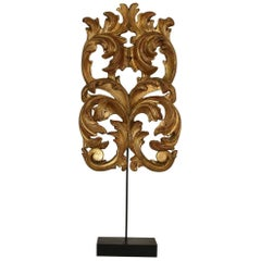 Gilded 18th Century Italian Baroque Carved Wooden Curl